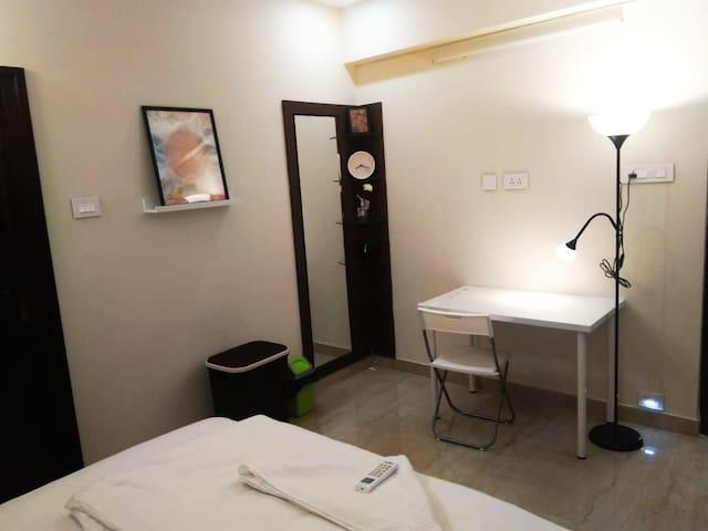 201 Room in 3BHK Currency Nagar