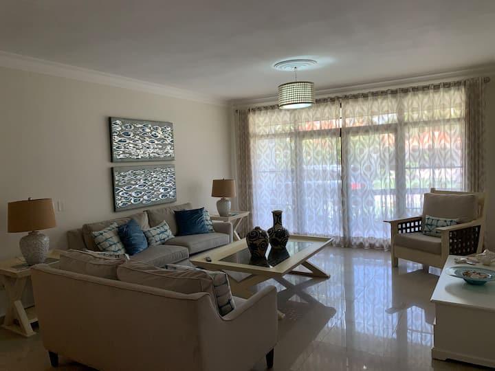 Apartamento en Metro Country Club, Juan Dolio, SPM