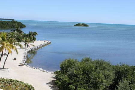 Oceanfront Escape in Islamorada, FL (Tavernier) - Тавернье
