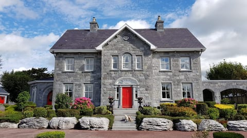 Fanore House (Family room D), Oranmore