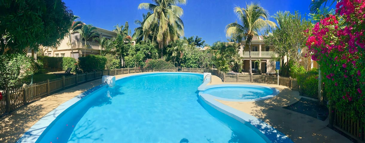 Beachfront House w/ Pool, in a Gated Complex