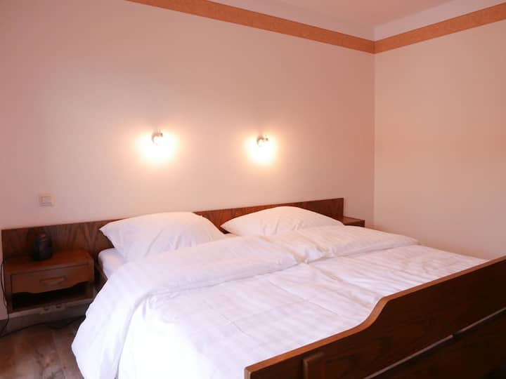 Gasthaus Engel, (Bühlertal), Doppelzimmer mit Dusche und WC