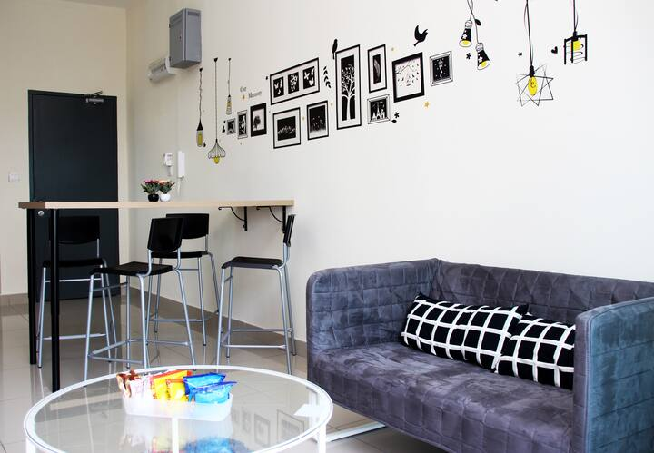 【VALUE!】HOME@MESA|FREE WiFi+PARKING|5PAX|KLIA|中文房东