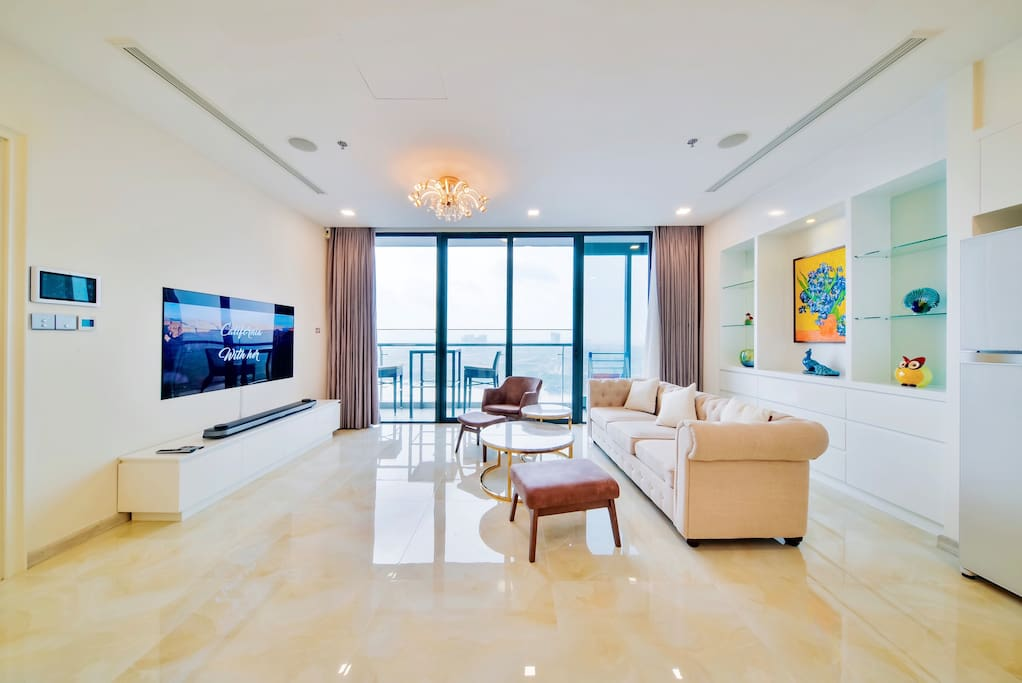 Modern, High-Floor, Luxurious, Airy 3BR Condo. Full unblocked view of district 1 and the meandering Saigon river.