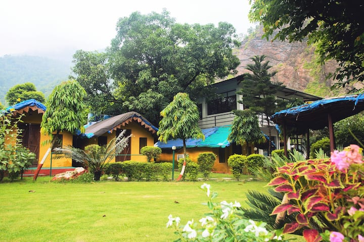 Him River Resort (Osho Commune)