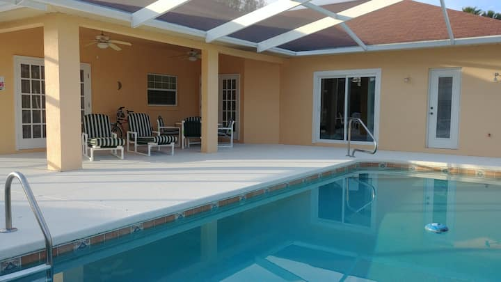 Spacious 4-bedroom villa with pool