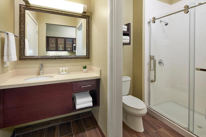 Marvelous Suite Two Beds At Anaheim / Disneyland Area