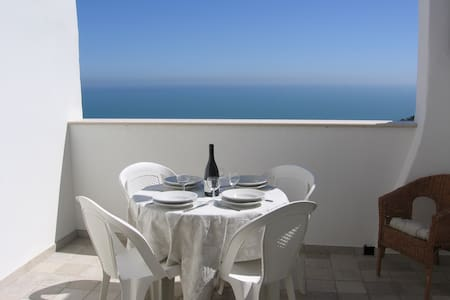 House with sea views in charming San Vito Chietino