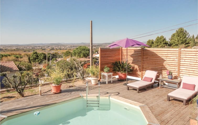Amazing home in Campagnan with WiFi, Outdoor swimming pool and 3 Bedrooms