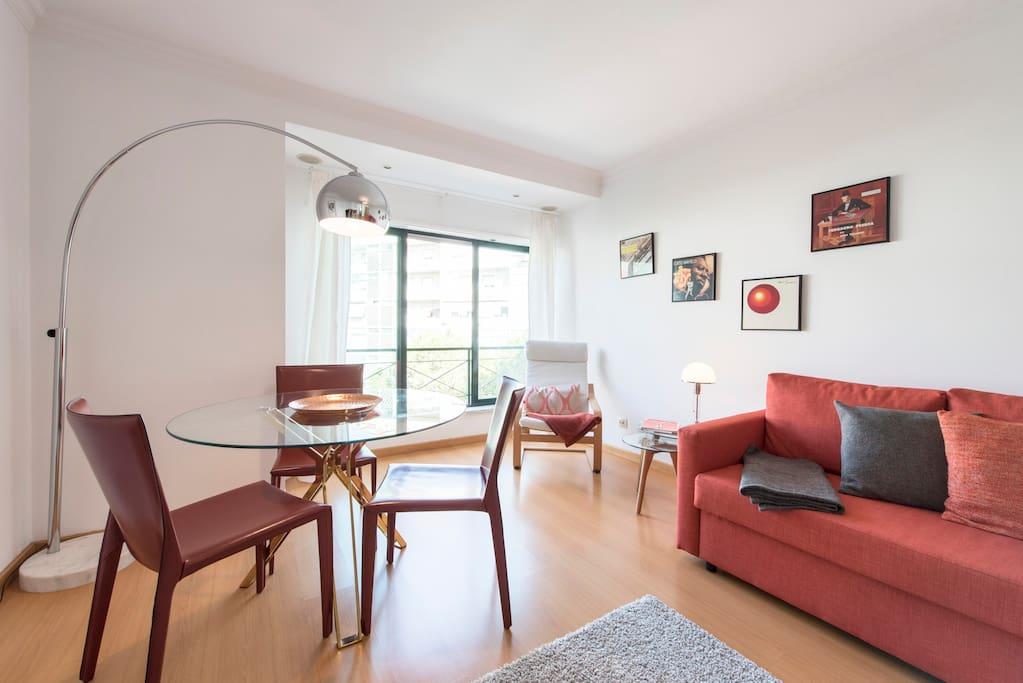 Bright & Spacious Living Room