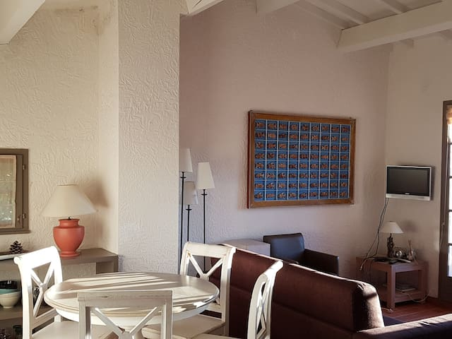 GIGARO - FLAT 4 PERS. WITH SEA VIEW