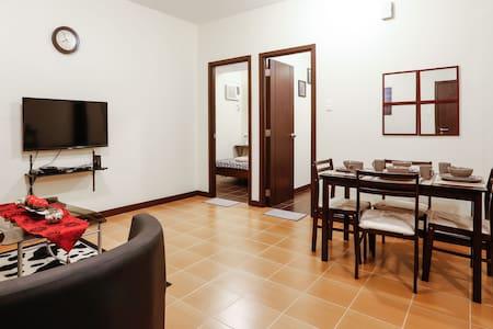 Brand new 2br furnished condo makati fits 5 wifi!! - Condominio