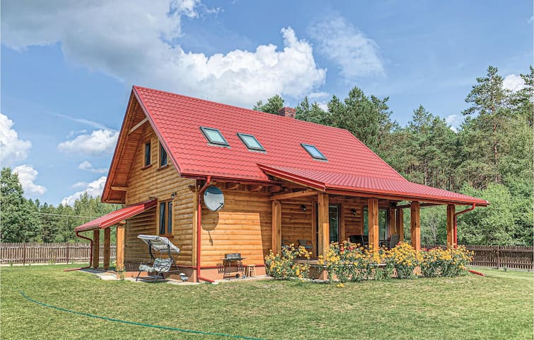 Holiday cottage with 4 bedrooms on 110m² in Ruciane-Nida