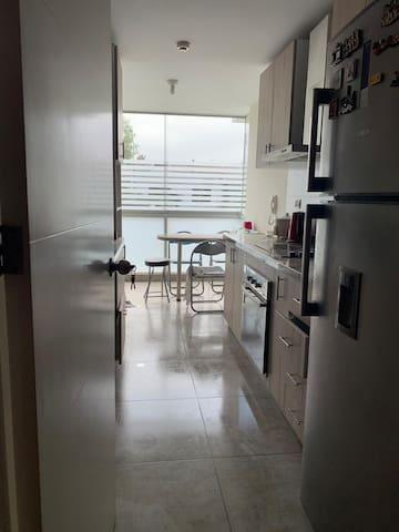 Apartamento semi completo para la Libertadores.