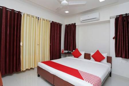 Well maintained room for cozy and comfortable stay