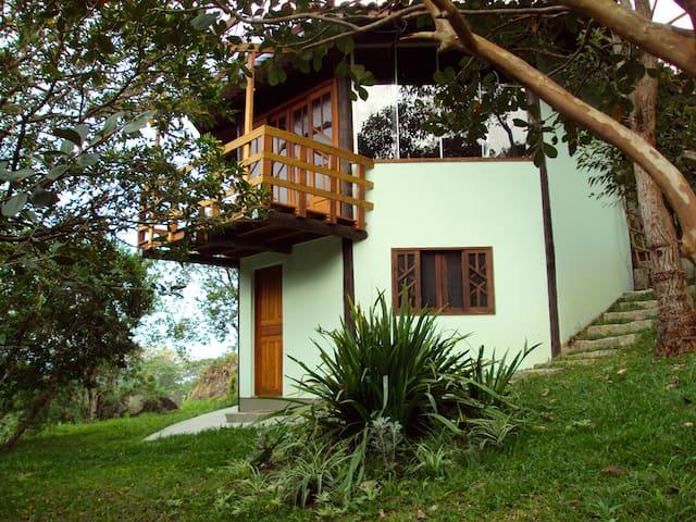 Between Ocean and Mountains - Governador Celso Ramos - Guesthouse