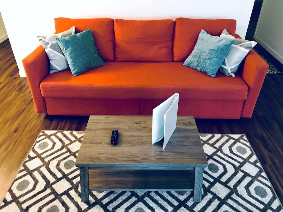 Fold-out futon