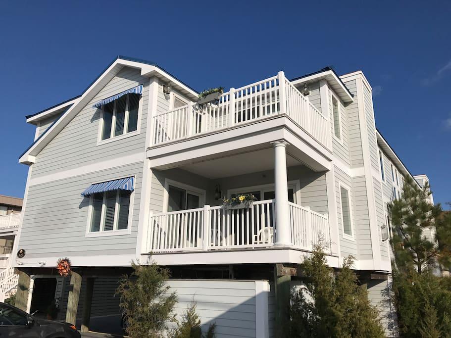 6300 square foot oceanside Fenwick Island house