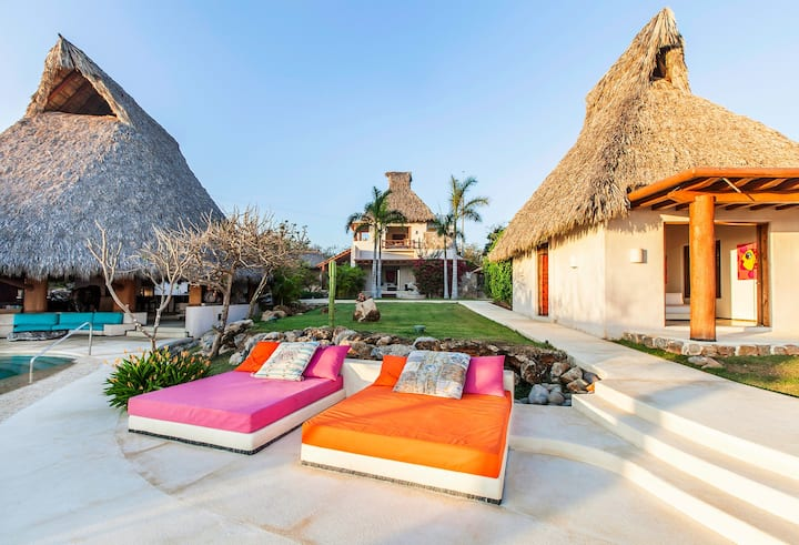 Luxury 7 Bedroom Mexican Estate, Pool & Beach