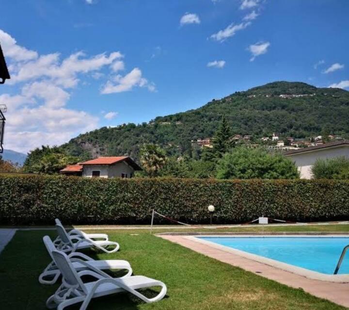 Casa Augusta 4 Piscina e giardino
