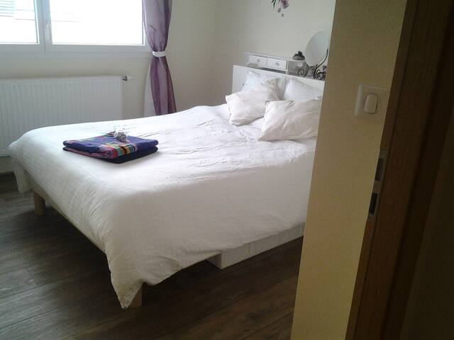 Double room+office/second bedroom, garden, central