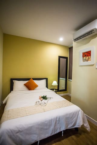 2nd Floor Airconditioned Bedroom 3 with Queen Size Bed & Side table lamp