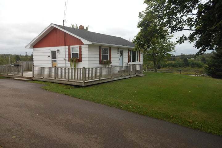 Clean,quiet, country bungalow.