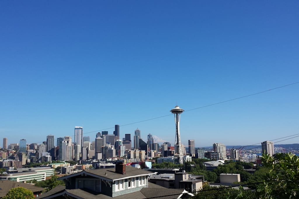 This view from Kerry Park is a 15 minute walk away through Queen Anne passing shops, restaurants and beautiful local neighborhood.