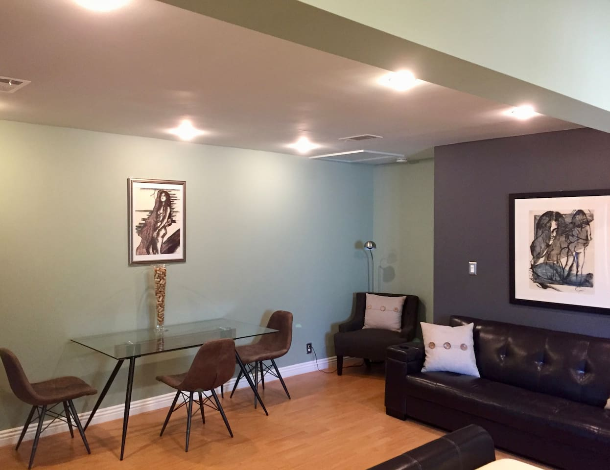Style, comfort, and all the amenities you need to have a wonderful time in Los Angeles