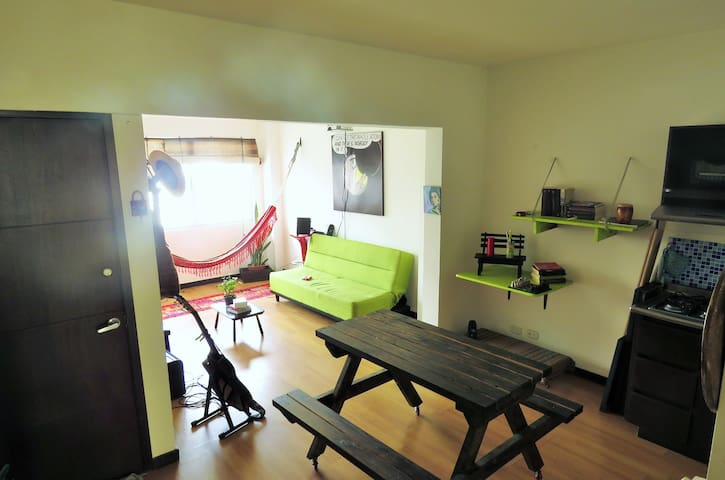 Cozy Flat in green central area. Feel like at home - Cali - Lägenhet