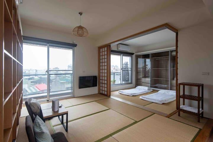 相遇 • 台南 • 鄉寓 RF 和室景觀 二人房(6F,可加床至5人)