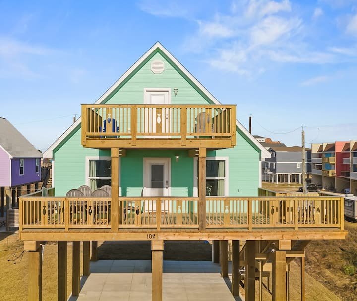 BRAND NEW! 2nd Row, Ocean Views Steps to the Beach