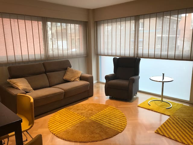 NEW | Apartment O'Donnell Madrid 4PAX