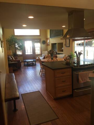 3BR 2.5 Bath, minutes from downtown - Leavenworth - House