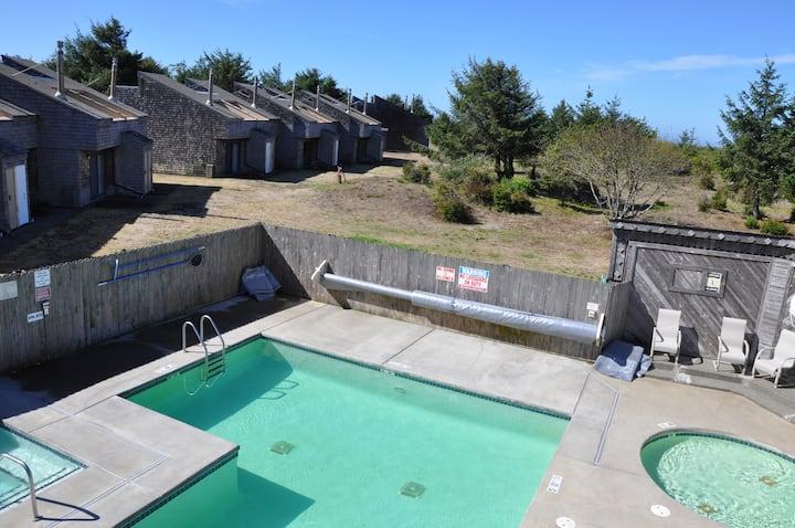Ocean Front Condo w/ Pool & Hot Tub!