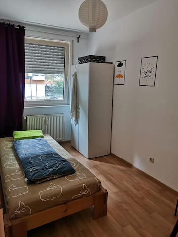 mordern single room for your business in Frankfurt
