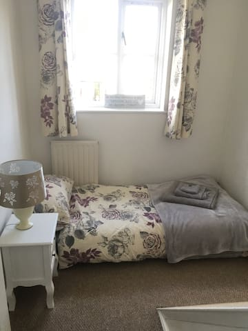 Cosy 1 Bed Room (women only)