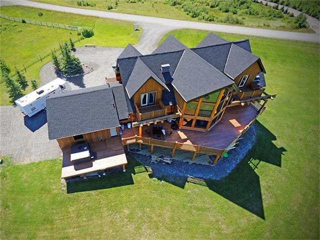 Canadian Log Home with 5 Bedrooms