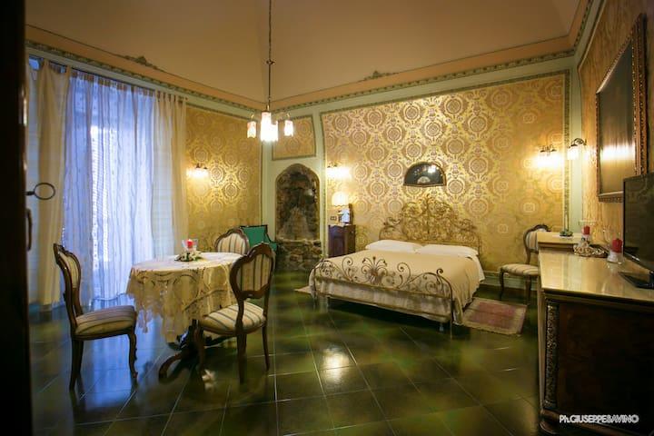SAVARINI - maison de charme - suite ACCIAIOLI