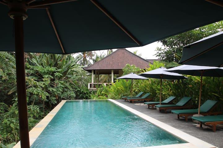 Capungmas Room#1 AC-Pool-Wifi-Rice Field View