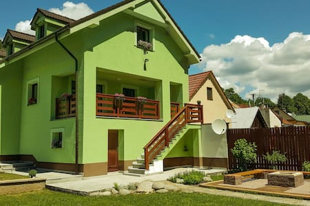 Villa Lavender