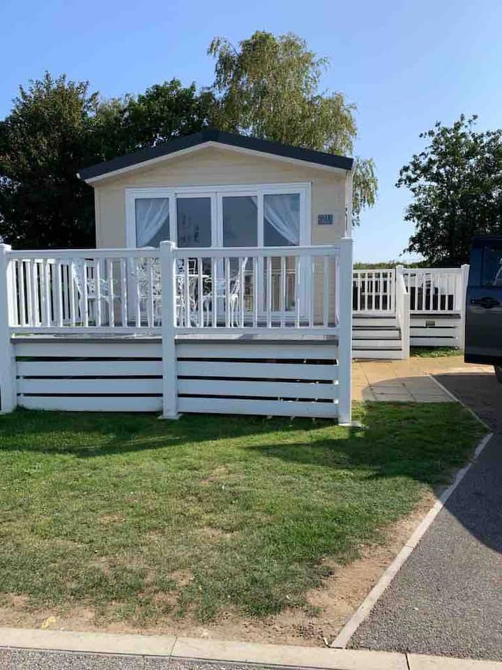 21 kingfisher court@tattershall lakes country park