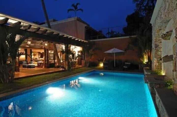 Luxury Palapa Style Boutique Villa, sleeps 12, steps away from the beach!