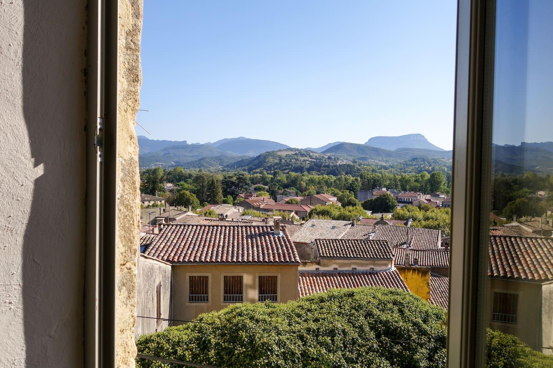 Vue de la fenêtre du studio