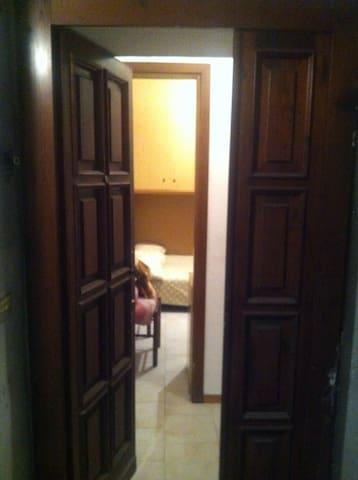 Mono Attico con balconata. - Alessandria - Apartment