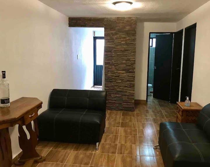 Casa de Alojamiento cómoda, tranquila y segura