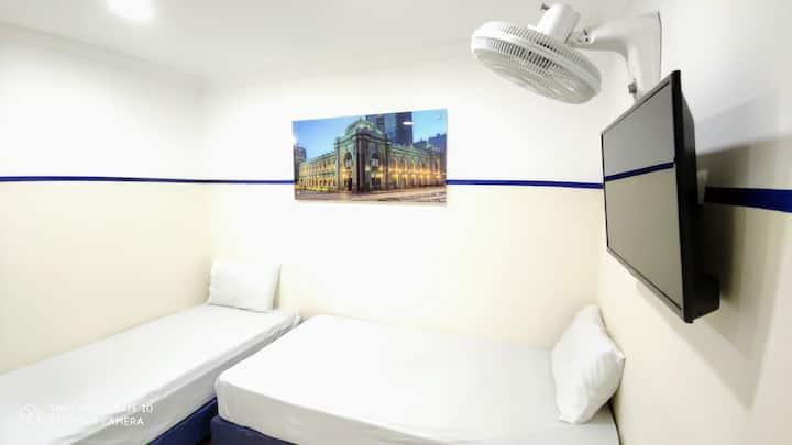 Casa Hotel Manco Mora HB04-Planetario Medellin