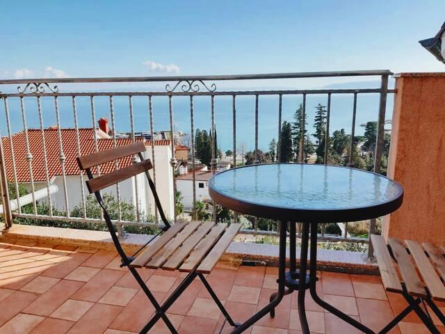Studio with breathtaking view on Adriatic sea
