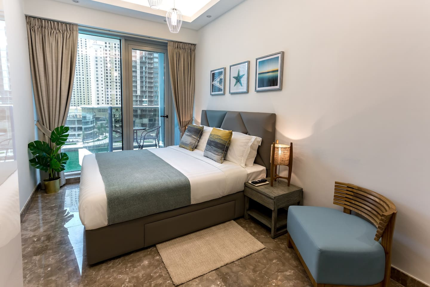 Spacious and Bright Bedroom space with stunning Marina Views!