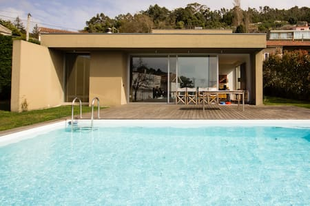 Casa fantástica em Moledo com piscina e vista mar